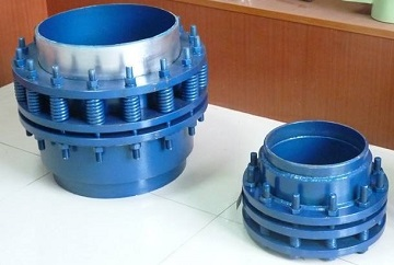 Rotary expansion joints