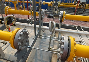 Bolted flange joints